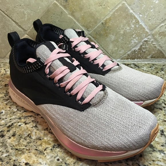 Brooks Ricochet LE Global Running Day 2019 Happy Run Black Women Shoes 120292 1B